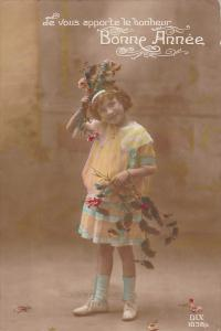 RP; Hand-tinted, Je vous apporte le bonheur Bonne Annee, Girl playing with fl...