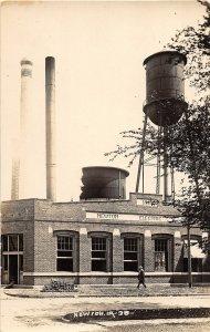 G13/ Newton Iowa RPPC Postcard c1910 Electric Company Water Tower