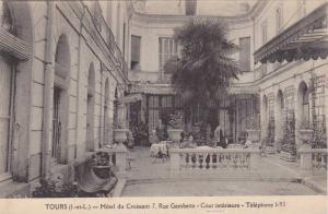 Hotel Du Croissant 7, Rue Gambetta, Cour Interieure, Tours (Indre Et Loire), ...