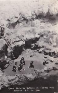 New Zealand Rotorua Maori Children Bathing In Thermal Pool 1933 Real Photo