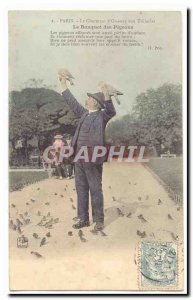 Paris Old Postcard The charmer of birds to tile The banquet pigeons