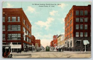 Grand Forks ND~3rd Street @ De Mers~RB Griffith Department Store~Trolley~1912