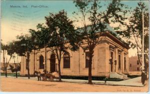 MUNCIE, IN Indiana   POST OFFICE Horsedrawn Vehicle 1908  Handcolored  Postcard