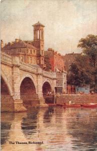 Richmond TheThames River Bridge Boats Postcard