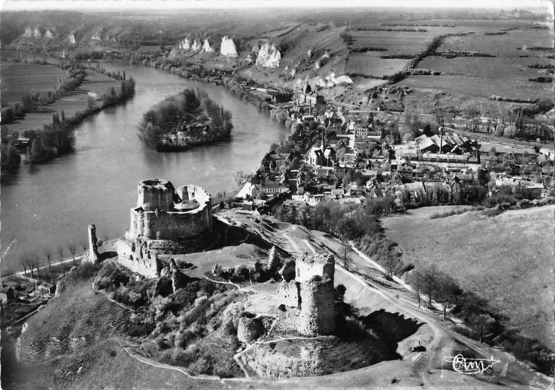 BR53008 Vue aerienne chateau Gaillard les andelys France / HipPostcard