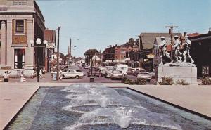 CHARLOTTETOWN , P.E.I. , Canada , 40-60s; War Memorial, The Bank Of Nova Scotia
