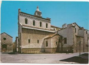 BARLETTA, Piazza del Duomo, Cathedral Square, unused Postcard