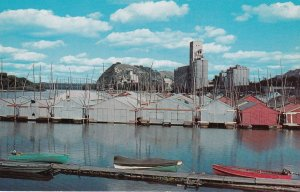 RED WING , Minnesota , 50-60s ; Boathouses