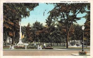 Sterling Illinois~Central Park~Boys Standing by Cannon Display~Monument~1934 Pc