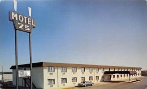 4529  MN Moorhead   Motel 75