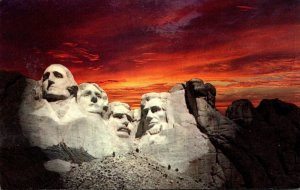 South Dakota Black Hills Mount Rushmore National Memorial At Sunset