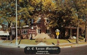 MINNEAPOLIS , Minnesota, 50-60s ; O.C. Larson Mortuary