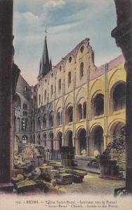 France Reims Eglise Saint-Remi Interieur vers le Portail
