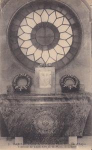 Crypte De La Chapelle Louis XVI, Rue D'Anjou, Tombeau De Louis XVI Et De Mari...