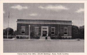 DUNN , North Carolina , 1930s ; Post Office
