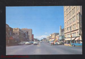 HUTCHINSON KANSAS DOWNTOWN MAIN STREET SCENE 1950's CARS VINTAGE POSTCARD