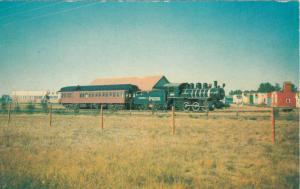 NORTH BATTLEFORD , Saskatchewan, 50-60s; Locomotive & passenger coach, Museum
