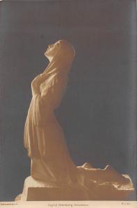 Art Postcard: Sigrid Blomberg: Bebadelsen, Sculpture
