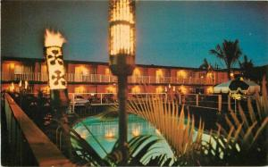 Autos Lahina Tiki 1960s Travelodge Postcard Maui Hawaii pool Kolor View 4643