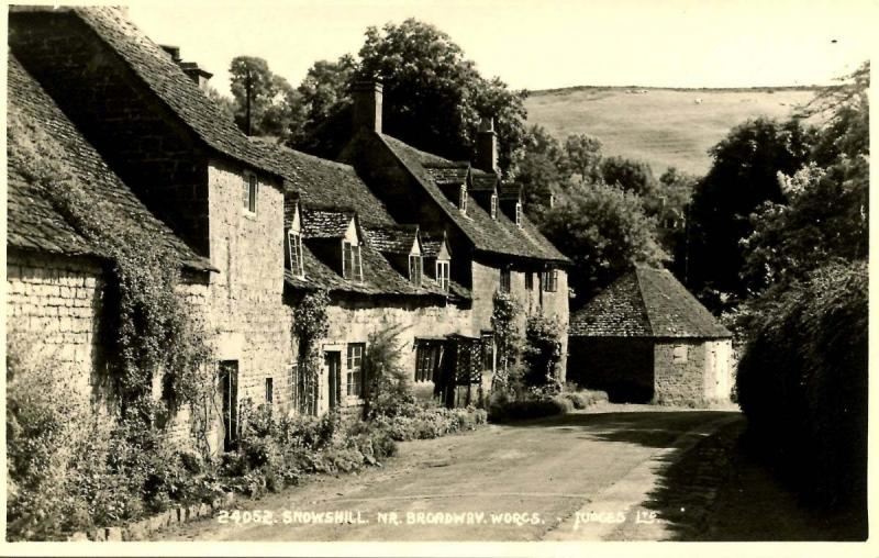 UK - England. Snowshill near Broadway, Worcestershire - RPPC