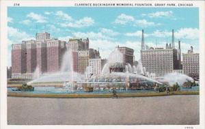 Illinois Chicago Clarence Buckingham Memorial Fountain Grant Park Curteich