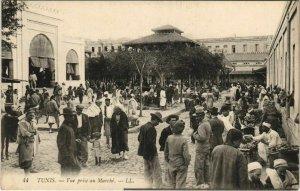 CPA AK Vue prise au Marche TUNIS TUNISIA (712417)