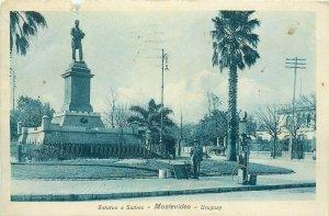 Estatua a Suarez Montevideo Uruguay gas station 1920s