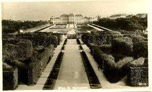 Austria - Vienna. Belvedere Palace and Gardens     *RPPC