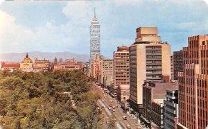 Vista Panoramica Ciudad de Mexico Por Av Juarez Mexico Tarjeta Postal Unused