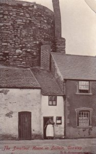 RP; CONWAY OUAY, Wales, PU-1907; The Smallest House In Britain