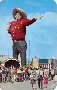 Statue Postcard Dallas, TX, USA Big Tex, Texas State Fair Grounds