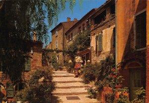 France Un Joli Coin de Provence Street Flowers Postcard