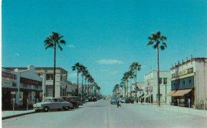 WESLACO , Texas , 1950-60s ; Texas avenue