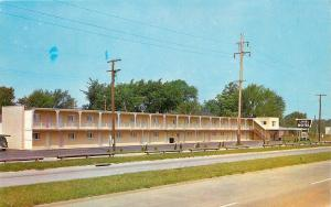 Elyria Ohio~2-Story Lorel Motel~Near Exit 8 Turnpike~Full Front View~1960s