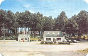 Abingdon VA Broadway Oaks Gas Pumps Station Drive-In Old Cars Postcard