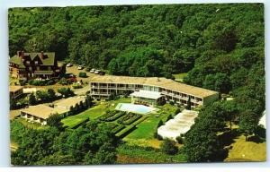 Nautilus Motor Inn Woods Hole Cape Cod MA Vintage Postcard D85