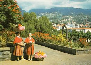 Madeira Portugal Flower Seller Flowerseller Costume Fashion Folklore Postcard