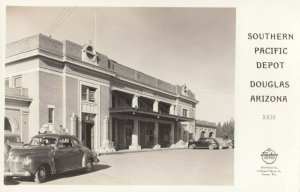 RP: DOUGLAS , Arizona , 1930s ; Southern Pacific Railroad Train Depot ; FRASHERS