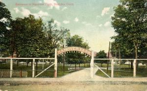 CT - Meriden.  Hanover Park Entrance