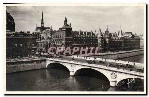Postcard Old Paris while strolling the Palace of Justice and the Pont au Change