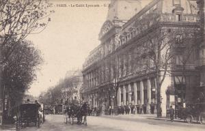 PARIS, France, 1900-1910's; Le Credit Lyonnais, Horse Carriages