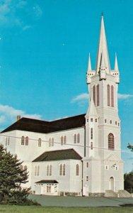 CHURCH POINT , Nova Scotia, 40-60s ; Roman Catholic Church
