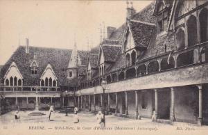 Hotel-Dieu, La Cour d'Honneur (Monument Historique), Beaune (Cote d'Or), Fran...