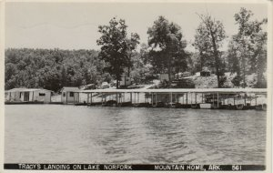 RP: MOUNTAIN HOME, Arkansas, PU-1952; Tracy's Landing on Lake Norfolk