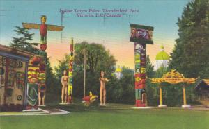 Canada Victoria Indian Totem Poles In Thunderbird Park 1947