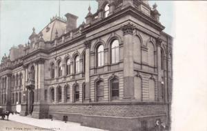 WOLVERHAMPTON, Staffordshire, England, United Kingdom; The Town Hall, 00-10s