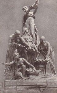 CHICAGO , Illinois , 00-10s ; Art Institute Ferguson Fountain