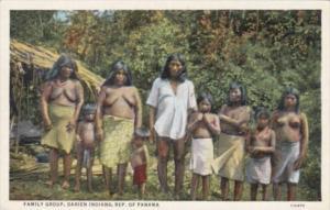 Nude familiy