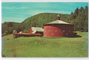 Round Barn, Moore Farm, East Barnet VT