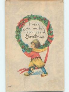 Pre-Linen christmas BOY CARRIES HUGE HOLLY WREATH ON SHOULDERS hk9934